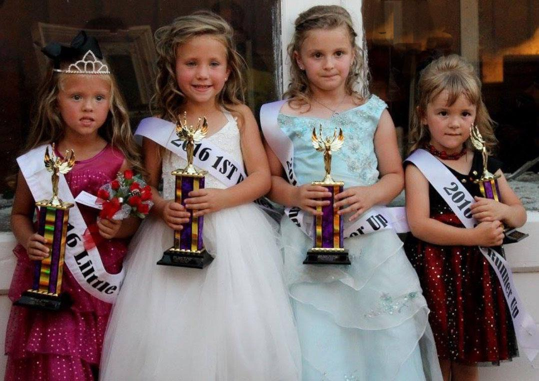 On Thursday, Sept. 22, the Seaman Fall Festival crowned its Little Miss and Little Mister for 2016. Here are the Little Miss winners. From left, Little Miss Lillian Harper (daughter of Charley and Britany Harper), First Runner-Up Danali Pence (daughter of Derrick and Monica Pence), Second Runner-Up Zoey Newton (daughter of Stacy James), and Third Runner-Up Jaelyn Daniels (daughter of Justin and Desirae Daniels).