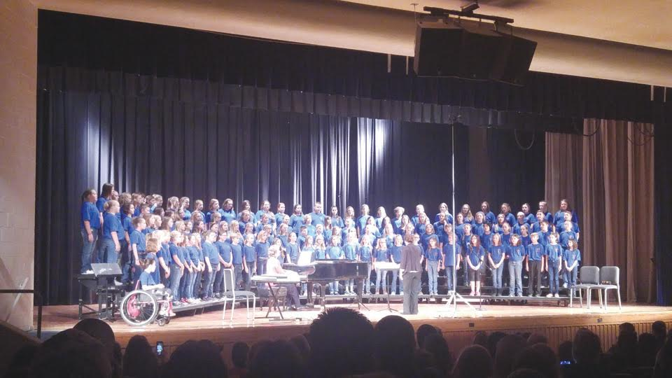 """On Saturday, Nov. 19, West Union Elementary sixth grade students joined students from the surrounding area in the Ohio Music Association District 16 Honor Choir.  The concert was held at Chillicothe High School's auditorium for a packed house.  The choir was directed by Mrs. Sandra Thornton, Assistant Artistic Director of the Cincinnati Childrens' Choir, Director of the St. James Satellite Choir, and teacher of Vocal Pedagogy for the annual CCC Summer Festival.   The students performed  """"Barn Dance,"""" """"Granny,"""" """"The Fox,"""" and """"Kusimama."""""""